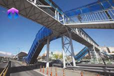 ستون در سازه ای فولادی پل